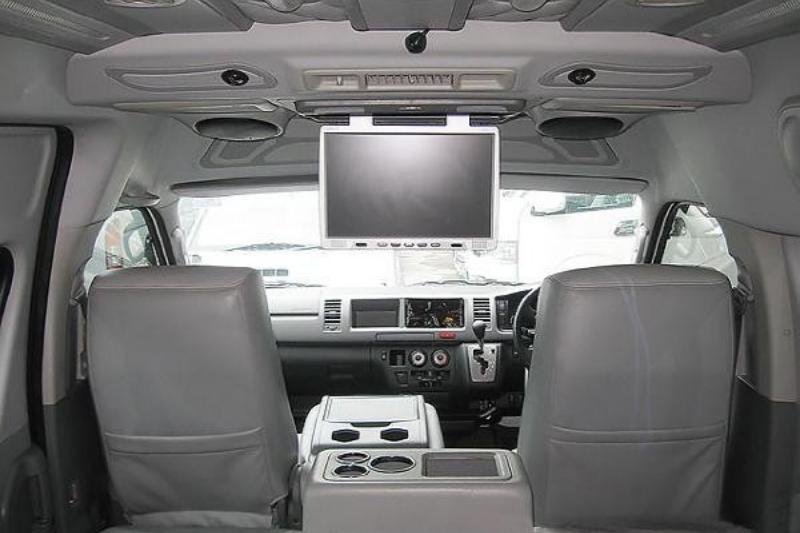 LCD Toyota Hiace