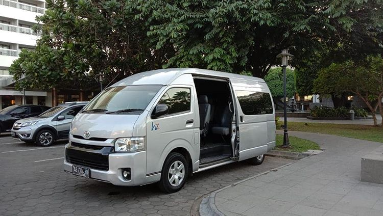 Layanan Rental Mobil, sumber ig hzrent_transport