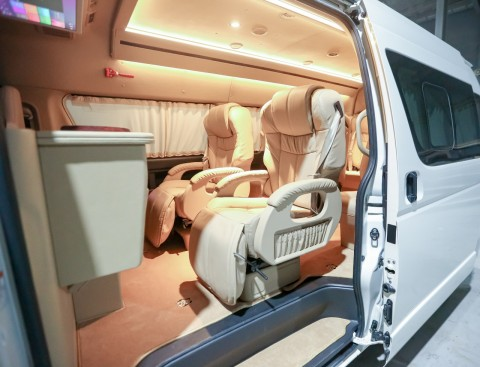 Modifikasi Kabin Toyota Hiace, sumber ig m.medcom.id